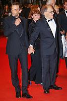 Mathieu Kassovitz et Jean-Louis Trintignant sur le tapis rouge pour la projection du film HAPPY END lors du soixante-dixième (70ème) Festival du Film à Cannes, Palais des Festivals et des Congres, Cannes, Sud de la France, lundi 22 mai 2017.