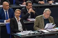 """Sitzung des Deutschen Bundestag am Mittwoch den 4. Maerz 2020.<br /> Im Bild vorne vlnr.: Alice Weidel und Alexander Gauland, Fraktionsvorsitzende der rechtsradikalen """"Alternative fuer Deutschland"""".<br /> Dahinter vlnr.: Enrico Komning und Stephan Brandner.<br /> 4.3.2020, Berlin<br /> Copyright: Christian-Ditsch.de<br /> [NUR FUER REDAKTIONELLE ZWECKE! Werbung nur auf Anfrage beim Fotografen. Inhaltsveraendernde Manipulation des Fotos nur nach ausdruecklicher Genehmigung des Fotografen. Vereinbarungen ueber Abtretung von Persoenlichkeitsrechten/Model Release der abgebildeten Person/Personen liegen nicht vor. NO MODEL RELEASE! Don't publish without copyright Christian-Ditsch.de, Veroeffentlichung nur mit Fotografennennung, sowie gegen Honorar, MwSt. und Beleg. Konto: I N G - D i B a, IBAN DE58500105175400192269, BIC INGDDEFFXXX, Kontakt: post@christian-ditsch.de<br /> Bei der Bearbeitung der Dateiinformationen darf die Urheberkennzeichnung in den EXIF- und  IPTC-Daten nicht entfernt werden, diese sind in digitalen Medien nach §95c UrhG rechtlich geschuetzt. Der Urhebervermerk wird gemaess §13 UrhG verlangt.]"""