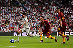 Real Madrid's Marco Asensio and AS Roma's Lorenzo Pellegrini during Champions League match. September 19, 2018. (ALTERPHOTOS/A. Perez Meca)
