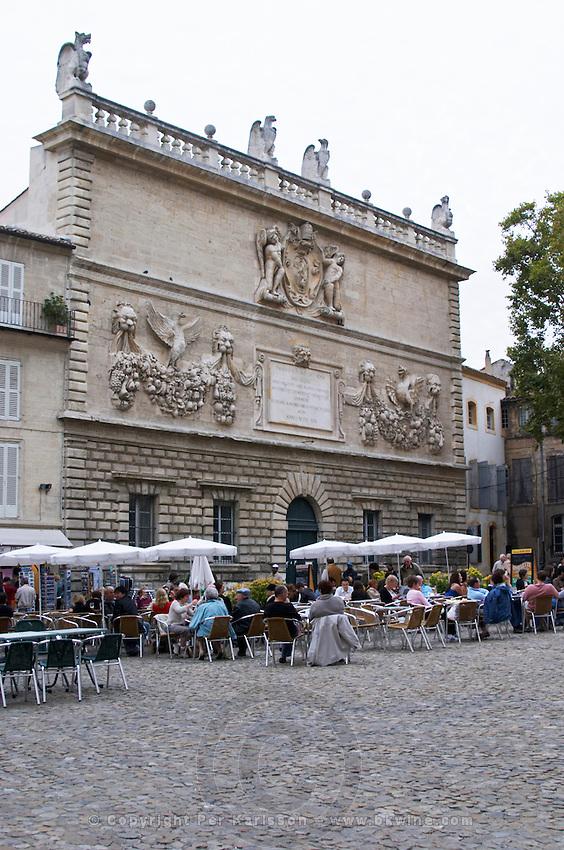 restaurant terrace hotel des monnaies avignon rhone france