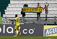 MANIZALES - COLOMBIA, 05-09-2021:Alvaro Melendez del Atlético Bucaramanga celebra después de anotar el  gol de su equipo durante partido por la fecha 8 entre Once Caldas y el Atlético Bucaramanga como parte de la Liga BetPlay DIMAYOR II 2021 jugado en el estadio Palogrande de la ciudad de Manizales. /Alvaro Melendez of Atletico Bucaramanga celebrates after scoring the goal of his team during Match for the date 8 between Once Caldas and Atletico Bucaramanga as part of the BetPlay DIMAYOR League II 2021 played at stadium in Palogrande in Manizales city. Photo: VizzorImage / John Jairo Bonilla / Contribuidor