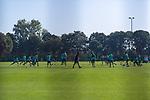 22.09.2020, Trainingsgelaende am wohninvest WESERSTADION - Platz 12, Bremen, GER, 1.FBL, Werder Bremen Training<br /> <br /> <br /> Aufwaermtraining Uebersicht<br /> <br /> <br /> Foto © nordphoto / Kokenge