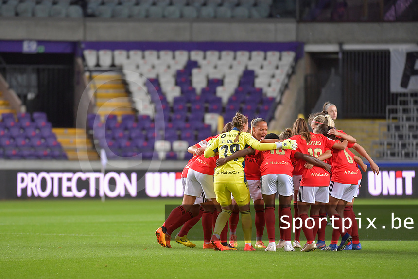 Team Benfica pictured before a female soccer game between RSC Anderlecht Dames and Portugese Benfica Ladies  in the second qualifying round for the Uefa Womens Champions League of the 2020 - 2021 season , Wednesday 18 th of November 2020  in ANDERLECHT , Belgium . PHOTO SPORTPIX.BE | SPP | STIJN AUDOOREN