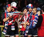Jorg Albertz, Lorenzo Amoruso, Barry Ferguson, Tony Vidmar, Sergio Porrini with the Scottish League Cup trophy season 1998-99