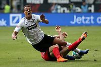 22.04.2018, Commerzbank - Arena, Frankfurt, GER, 1.FBL, Eintracht Frankfurt vs Hertha BSC , <br />Mathew Leckie (Berlin), Timothy Chandler (Frankfurt) *** Local Caption *** © pixathlon<br /> Contact: +49-40-22 63 02 60 , info@pixathlon.de