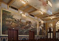 Europe/République Tchèque/Prague: La Maison Municipale-Edifice Art Nouveau qui se dresse  à l'emplacement de l'ancien Palais Royal -Salon des Hommes -Peinture murale le chant de la guerre
