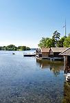 Germany, Upper Bavaria, Seehausen: boathouses and boat rental at Staffel Lake near Murnau | Deutschland, Oberbayern, Pfaffenwinkel, Seehausen: Bootshaeuser und Bootsvermietung am Staffelsee bei Murnau