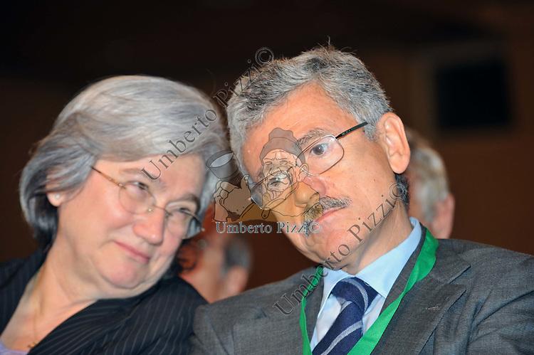 MASSIMO D'ALEMA CON ROSI BINDI<br /> ASSEMBLEA PARTITO DEMOCRATICO - HOTEL MARRIOTT ROMA 2009