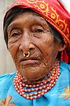 Dule | Indígenas guna / comarca de Guna Yala, Panamá<br /> <br /> Indígena kuna con septum<br /> <br /> Víctor Santamaría - Fine Art