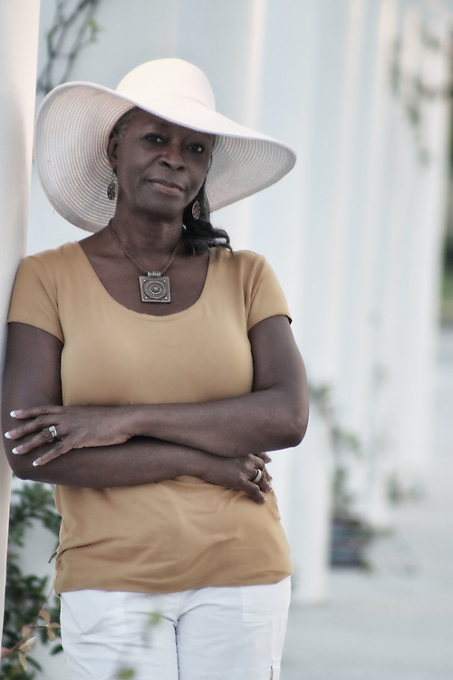 Lady in white hat