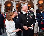 MARIA ELISABETTA ALBERTI CASELLATI CON IL GENERALE TEO LUZZI<br /> RICEVIMENTO 14 LUGLIO 2021 AMBASCIATA DI FRANCIA<br /> PALAZZO FARNESE ROMA