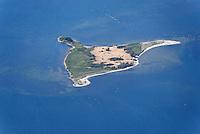 Walfisch: EUROPA, DEUTSCHLAND, MECKLEMBURG VORPOMMERN,  (GERMANY), 24.06.2008: Europa, Deutschland, Mecklenburg, Vorpommern, Wismar, Hafen, Bucht, Poel, Ostsee,  Wasser, Luftansicht, Uebersicht, Ueberblick,  Luftbild, Luftansicht, Aufwind-Luftbilder, Die Insel Walfisch liegt in der Wismar-Bucht. Sie befindet sich ca. 2 km vor der Hansestadt Wismar und ca. 1 km von der Insel Poel entfernt. Sie ist ein ausgewiesenes Landschaftsschutzgebiet und wird von vielen Wasservoegeln als Rast- und Uebernachtungsplatz genutzt. Fund der Vogelgrippe... c o p y r i g h t : A U F W I N D - L U F T B I L D E R . de.G e r t r u d - B a e u m e r - S t i e g 1 0 2, 2 1 0 3 5 H a m b u r g , G e r m a n y P h o n e + 4 9 (0) 1 7 1 - 6 8 6 6 0 6 9 E m a i l H w e i 1 @ a o l . c o m w w w . a u f w i n d - l u f t b i l d e r . d e.K o n t o : P o s t b a n k H a m b u r g .B l z : 2 0 0 1 0 0 2 0  K o n t o : 5 8 3 6 5 7 2 0 9.C o p y r i g h t n u r f u e r j o u r n a l i s t i s c h Z w e c k e, keine P e r s o e n l i c h ke i t s r e c h t e v o r h a n d e n, V e r o e f f e n t l i c h u n g n u r m i t H o n o r a r n a c h M F M, N a m e n s n e n n u n g u n d B e l e g e x e m p l a r !.
