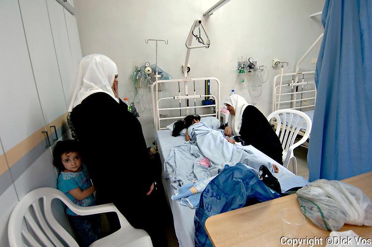 photo: ©Dick Vos.Nablus, 30-05-2006..Nablus(city).West Bank