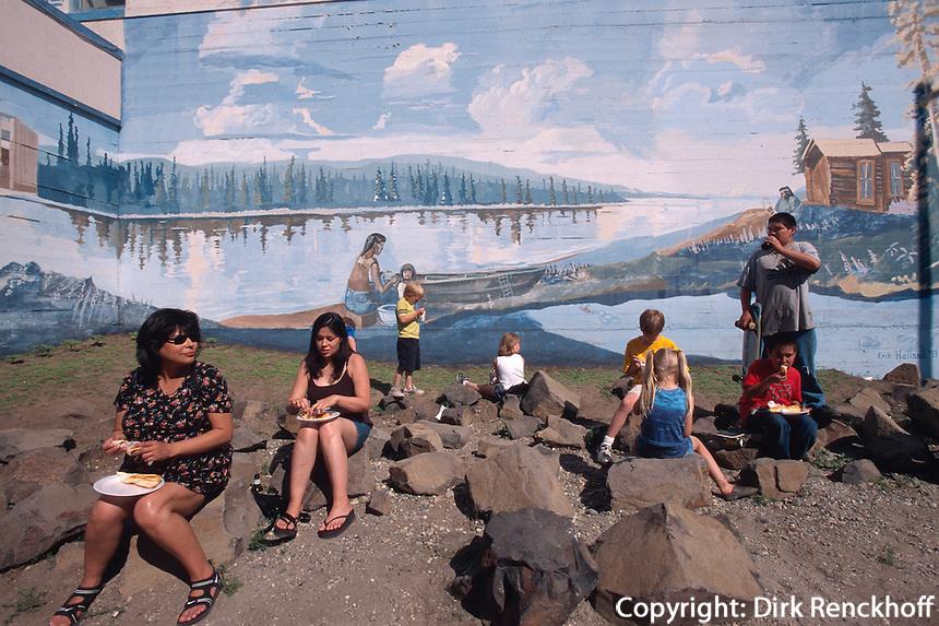 USA, Alaska, beim Midnight-Festival in Fairbanks