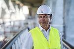 Vincent Gabette, Directeur d'EDF Production Méditerranée, sur le site de la retenue de l'Escale ( 04 )