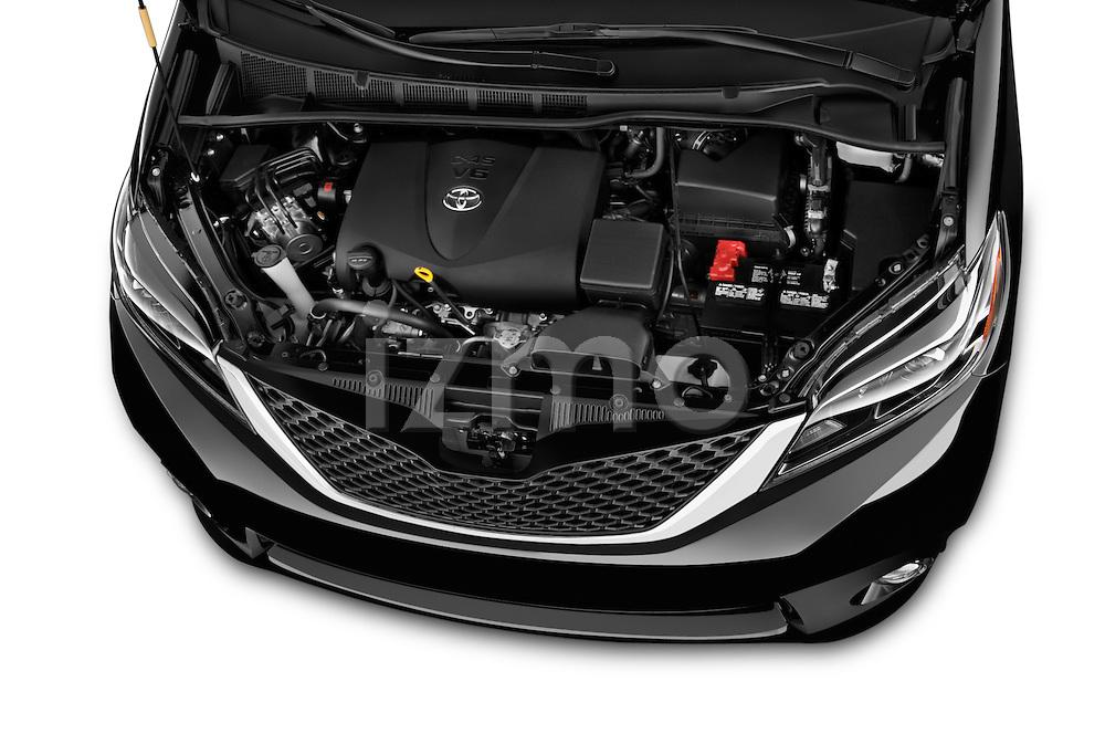 Car Stock 2017 Toyota Sienna SE 5 Door Minivan Engine  high angle detail view