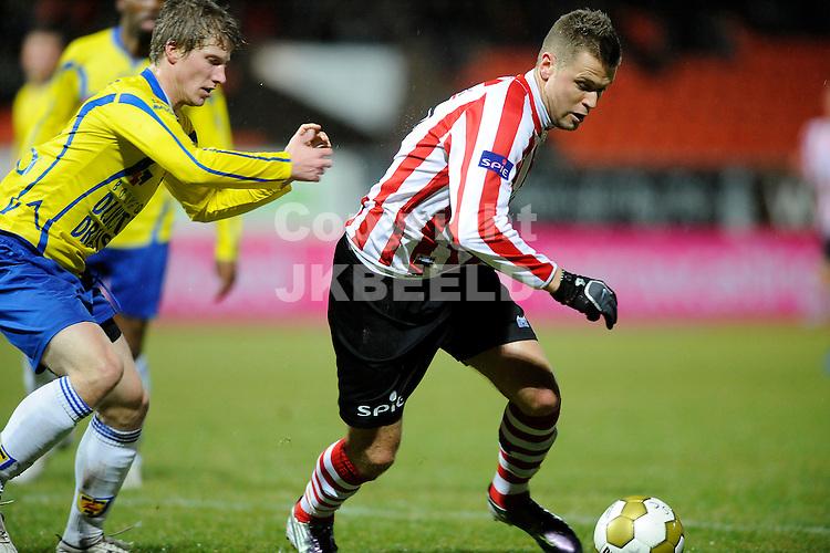 LEEUWARDEN - Voetbal, SC Cambuur - Sparta, Cambuur stadion, seizoen 2011-2012, 18-02-2012  Sparta speler Mark Veldmate (l) met rechts Cambuur speler Wout Droste.