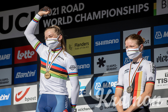 podium Women Junior:<br /> <br /> 1st place: Zoe Backstedt (GBR)<br /> 2nd place: Kaia Schmid (USA)<br /> 3th place: Linda Riedmann (GER)<br /> <br /> Women Junior – Road Race (WC)<br /> Race from Leuven to Leuven (75km)<br /> <br /> UCI Road World Championships – Flanders Belgium 2021<br /> <br /> ©kramon