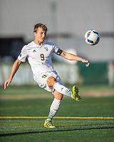 24 September 2016: University of Vermont Catamount Midfielder Jackson Dayton, a Senior from San Francisco, CA, in action against the Dartmouth College Big Green at Virtue Field in Burlington, Vermont. The teams played to an overtime 1-1 tie in front of an Alumni Weekend crowd of 1,710 fans. Mandatory Credit: Ed Wolfstein Photo *** RAW (NEF) Image File Available ***