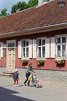 Haus 18. Jh.auf der Liepajas Iela in Kuldiga, Lettland, Europa