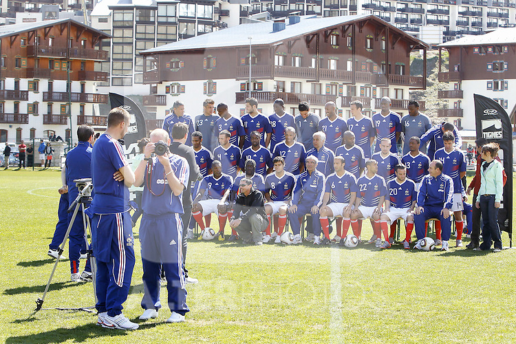 The French national football team and the technical staff pose prior to a training session near Tignes in the French Alps, France on May 25, 2010 as part of the preparation for the upcoming World Cup 2010. (First row (up), L to R, goalkeepers' coach Bruno Martini, goalkeeper Cedric Carasso, defender Eric Abidal, forward Andre-Pierre Gignac, midfielder Alou Diarra, goalkeeper Hugo Lloris, forward Nicolas Anelka, defender Sebastien Squillaci, midfielder Abou Diaby, goalkeeper Steve Mandanda and deputy goalkeepers' coach Fabrice Grange. Second row, LtoR, midfielder Florent Malouda, defender Anthony Reveillere, forward Sidney Govou, forward Thierry Henry, deputy coach Pierre Mankowski, defender William Gallas, midfielder Franck Ribery, defender Patrice Evra and midfielder Jeremy Toulalan. Third row, L to R, Physical assistant Robert Duverne, forward Djibril Cisse, defender Bacary Sagna, midfielder Johan Gourcuff, coach Raymond Domenech, defender Marc Planus, defender Gael Clichy, forward Mathieu Valbuena and assistant coach Alain Boghossian. ..Photo: Patrick Bernard/Cameleon / ABACA / ALFAQUI
