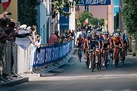 peloton up the final climb<br /> <br /> MEN ELITE ROAD RACE<br /> Kufstein to Innsbruck: 258.5 km<br /> <br /> UCI 2018 Road World Championships<br /> Innsbruck - Tirol / Austria