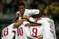 LIVORNO 16/10/2004 CAMPIONATO ITALIANO SERIE A <br /> LIVORNO ROMA 0-2<br /> Festeggiamenti al gol di Francesco Totti<br /> AS Roma players celebrate Francesco Totti after his goal of 0-1<br /> Foto Andrea Staccioli Insidefoto