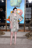 LOS ANGELES - FEB 14:  Abigail Breslin arrives at the Rango Premiere at Village Theater on February 14, 2011 in Westwood, CA