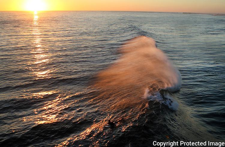End of Day Wave Oceanside