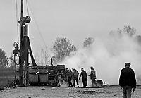 - block of yard for the construction of the second nuclear power station of Trino Vercellese, equipments sabotage  (October 1986)....- blocco del cantiere per la costruzione della seconda centrale nucleare di Trino Vercellese, sabotaggio delle macchine (ottobre 1986)