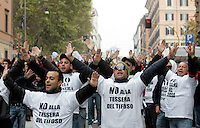 "Manifestazione contro la tessera del tifoso a Roma, 14 novembre 2009. Migliaia di supporters di diverse squadre di calcio italiane hanno sfilato insieme in corteo per le strade della Capitale per protestare contro il provvedimento per la regolamentazione dell'accesso agli stadi..Italian football fans demonstrate in Rome, 14 november 2009, to protest against the law introducing the ""supporter card"" to regulate admittance at stadiums..UPDATE IMAGES PRESS/Riccardo De Luca"