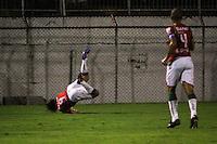 ATENÇÃO EDITOR: FOTO EMBARGADA PARA VEÍCULOS INTERNACIONAIS SÃO PAULO,SP,06 FEVEREIRO 2013 - CAMPEONATO PAULISTA A2 - PORTUGUESA x GREMIO OSASCO - Diego Viana (9) jogador da Portuguesa comemora gol duante partida Portuguesa x Gremio Osasco  válido pela 05º rodada do Campeonato Paulista A2 no Estádio Doutor Osvaldo  Teixeira Duarte ( canindé ) na noite desta quarta feira (06). FOTO ALE VIANNA - BRAZIL PHOTO PRESS.
