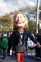 Nice le 19 Fevrier 2107 Place Massena unique sotie du Corso Carnavalesque Parada Nissarda de jour Marine Le Pen