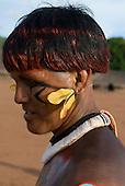 Xingu Indigenous Park, Mato Grosso State, Brazil. Aldeia Matipu (Matipu). Festival of Beja Flor (Phinya). Arifira Matipu.