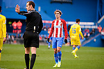 Atletico de Madrid Antoine Griezmann talking with the referee during La Liga match between Atletico de Madrid and UD Las Palmas at Vicente Calderon Stadium in Madrid, Spain. December 17, 2016. (ALTERPHOTOS/BorjaB.Hojas)
