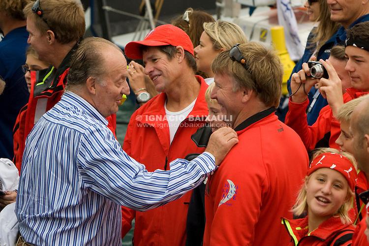 King of Spain. PUMA RACING TEAM .Volvo Ocean Race leg 1 start in Alicante, Spain 11/10/2008 VOLVO OCEAN RACE 2008-2009