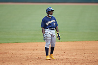 Termarr Johnson (21) of Benjamin E Mays HS in Atlanta, GA playing for the Milwaukee Brewers scout team takes his lead off of second base during the East Coast Pro Showcase at the Hoover Met Complex on August 3, 2020 in Hoover, AL. (Brian Westerholt/Four Seam Images)