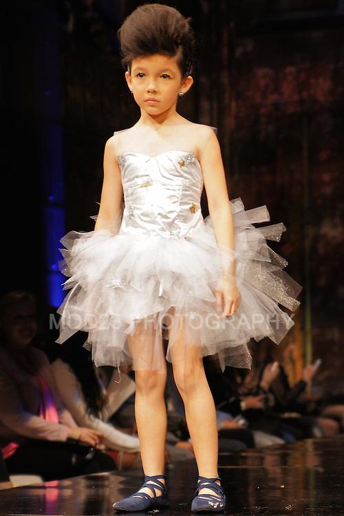 NYFW Art Hearts Fashion Kids Runway Presentation by Luly Et Gigi, Monnalisa Beverly Hills, Wanda Beauchamp