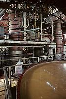 France/DOM/Martinique/Distillerie du Simon: Cuves à fermentation