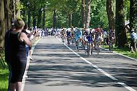 peloton just beyond the feed zone<br /> <br /> stage 3: Nijmegen-Arnhem (NLD) 190km<br /> 99th Giro d'Italia 2016