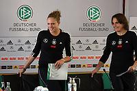 Kim Kulig und Nadine Angerer (D)<br /> PK mit Kim Kulig und Nadine Angerer *** Local Caption *** Foto ist honorarpflichtig! zzgl. gesetzl. MwSt. Auf Anfrage in hoeherer Qualitaet/Aufloesung. Belegexemplar an: Marc Schueler, Am Ziegelfalltor 4, 64625 Bensheim, Tel. +49 (0) 151 11 65 49 88, www.gameday-mediaservices.de. Email: marc.schueler@gameday-mediaservices.de, Bankverbindung: Volksbank Bergstrasse, Kto.: 151297, BLZ: 50960101