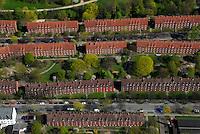 Wohn Kaserne: EUROPA, DEUTSCHLAND, HAMBURG, (EUROPE, GERMANY), 13.04.2007:Hamburg Wilhelmsburg, Veringstrasse, Sozialer Wohnungsbau, Reihe, in Reih und Glied, Sanierung, Mietshaus, Haus, Wohnen, IBA 2013,  Luftbild, Luftansicht, Luftaufnahme, Aufwind- Luftbilder..c o p y r i g h t : A U F W I N D - L U F T B I L D E R . de.G e r t r u d - B a e u m e r - S t i e g 1 0 2, .2 1 0 3 5 H a m b u r g , G e r m a n y.P h o n e + 4 9 (0) 1 7 1 - 6 8 6 6 0 6 9 .E m a i l H w e i 1 @ a o l . c o m.w w w . a u f w i n d - l u f t b i l d e r . d e.K o n t o : P o s t b a n k H a m b u r g .B l z : 2 0 0 1 0 0 2 0 .K o n t o : 5 8 3 6 5 7 2 0 9.C o p y r i g h t n u r f u e r j o u r n a l i s t i s c h Z w e c k e, keine P e r s o e n l i c h ke i t s r e c h t e v o r h a n d e n, V e r o e f f e n t l i c h u n g  n u r  m i t  H o n o r a r  n a c h M F M, N a m e n s n e n n u n g  u n d B e l e g e x e m p l a r !.
