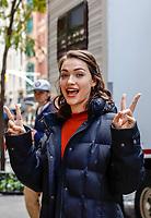 NOVA YORK, EUA, 29.10.2018 - CELEBRIDADES-EUA - A atriz Violett Beane é vista no set de God Friended Me no bairro do Soho em Nova York na segunda-feira. (Foto: Vanessa Carvalho/Brazil Photo Press)