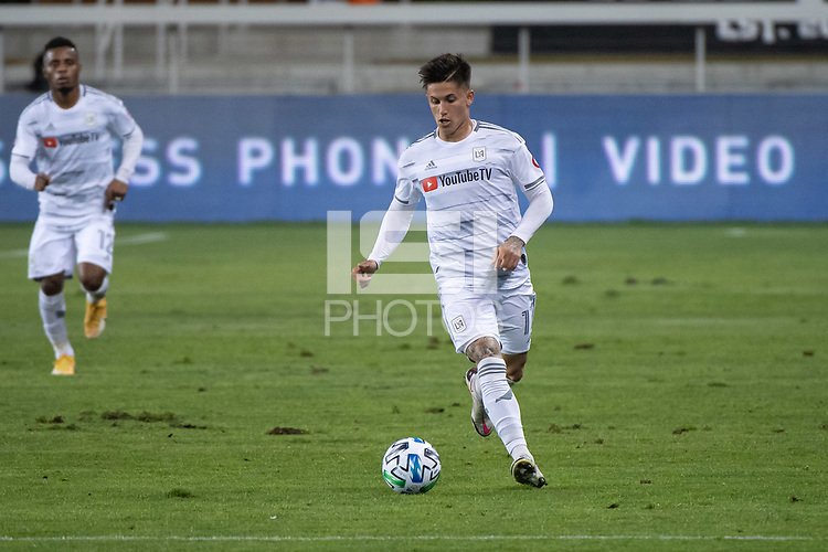 SAN JOSE, CA - NOVEMBER 04: Brian Rodriguez #17 of the Los Angeles FC dribbles the ball during a game between Los Angeles FC and San Jose Earthquakes at Earthquakes Stadium on November 04, 2020 in San Jose, California.