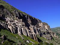 Höhlenstadt Wardsia - Vardzia bei Aspindsa, Samzche-Dschawachetien, Georgien, Europa<br /> Cave city Vardzia, near Aspindsa, Samzche-Dschawacheti,  Georgia, Europe