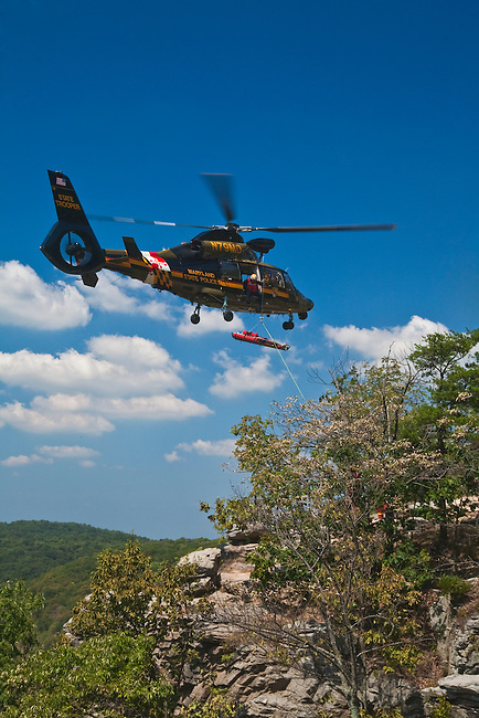 Helicopter Rescue of fallen hiker, Maryland Heights