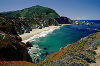 The beautiful turquoise waters of the BIG SUR COAST & BIXBY BRIDGE - CALIFORNIA
