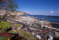 Portugal, Madeira, Blick vom Parque de Santa Catarina auf den Hafen in Funchal