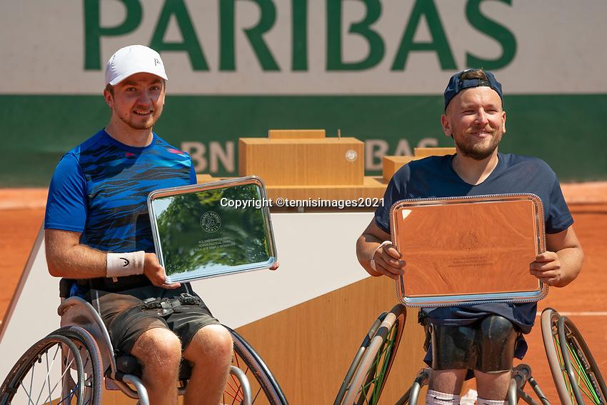 Paris, France, 7 june 2021, Tennis, French Open, Roland Garros, Quad  Wheelchair mens singles final:  Runner up Sam Schroder (NED) (L) and winner Dylan Alcott<br /> Photo: tennisimages.com