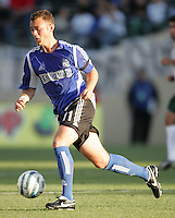 25 June 2005:   Brad Davis of Earthquakes in action against LA Galaxy at Spartan Stadium in San Jose, California.   Earthquakes defeated LA Galaxy, 3-0.  Mandatory Credit: Michael Pimentel / ISI